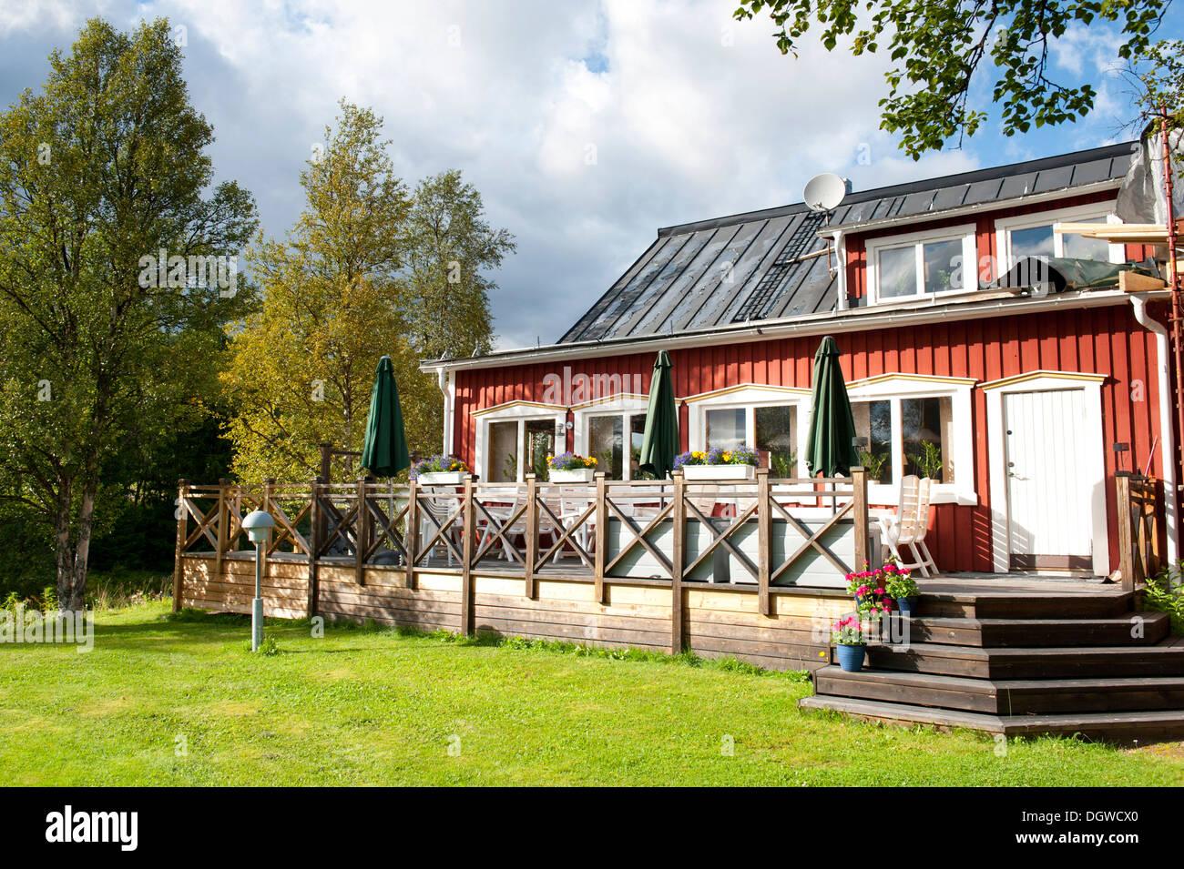 Terrace, garden, Storsaetra Fjaellhotell Hotel, near Groevelsjoen, Dalarna province, Sweden, Scandinavia, Northern Europe - Stock Image