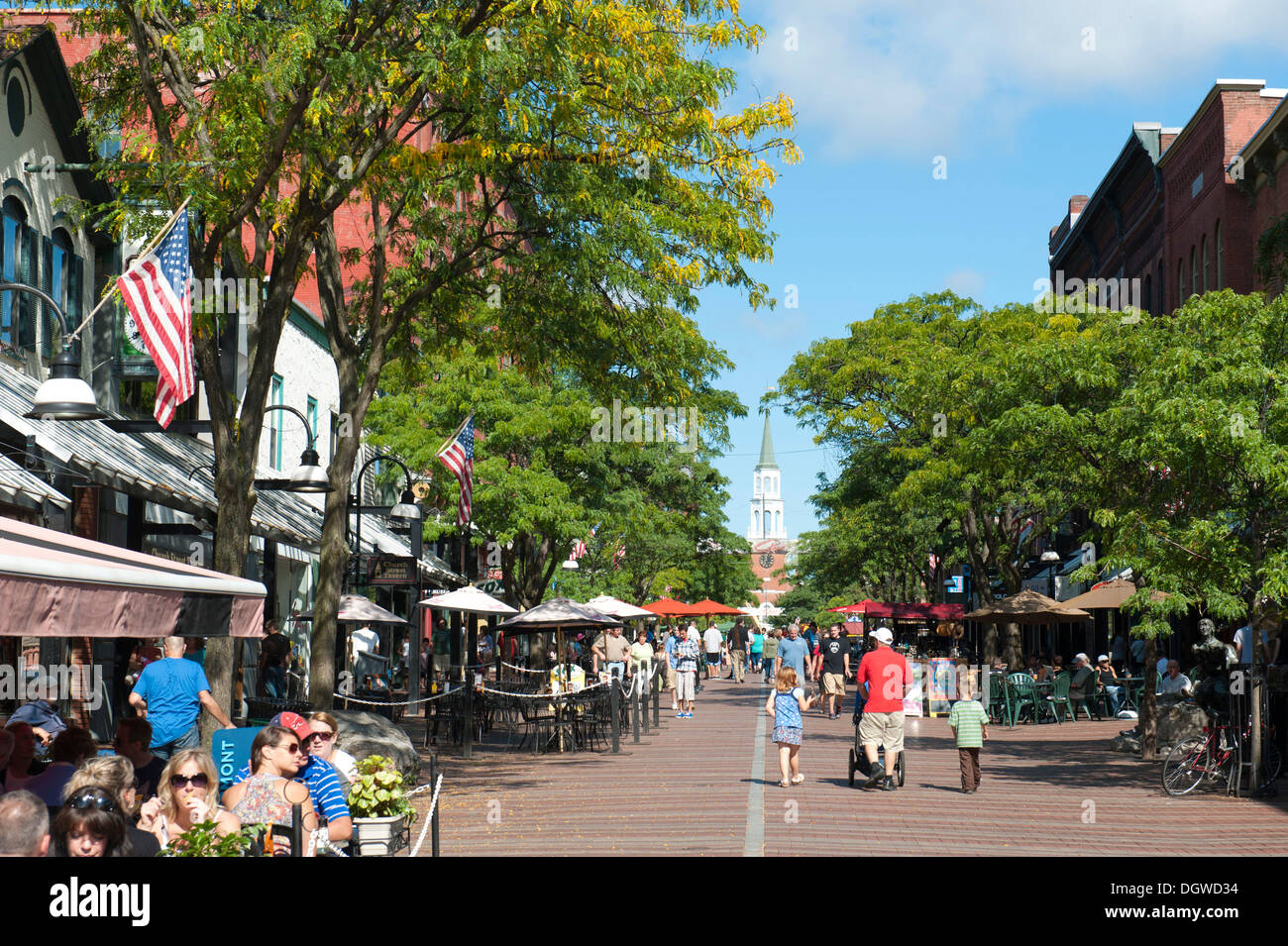 Cafes in the pedestrian zone, Church Street, in the summer, central, Burlington, Vermont, New England, USA, North America - Stock Image