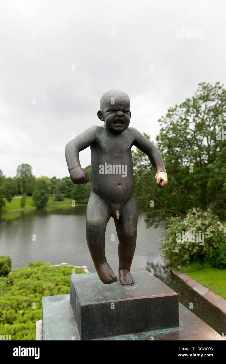 'Sinnataggen', angry boy, bronze statue by Gustav Vigeland, Vigeland Sculpture Park, Frognerparken, Frogner Park, Oslo, Norway - Stock Image