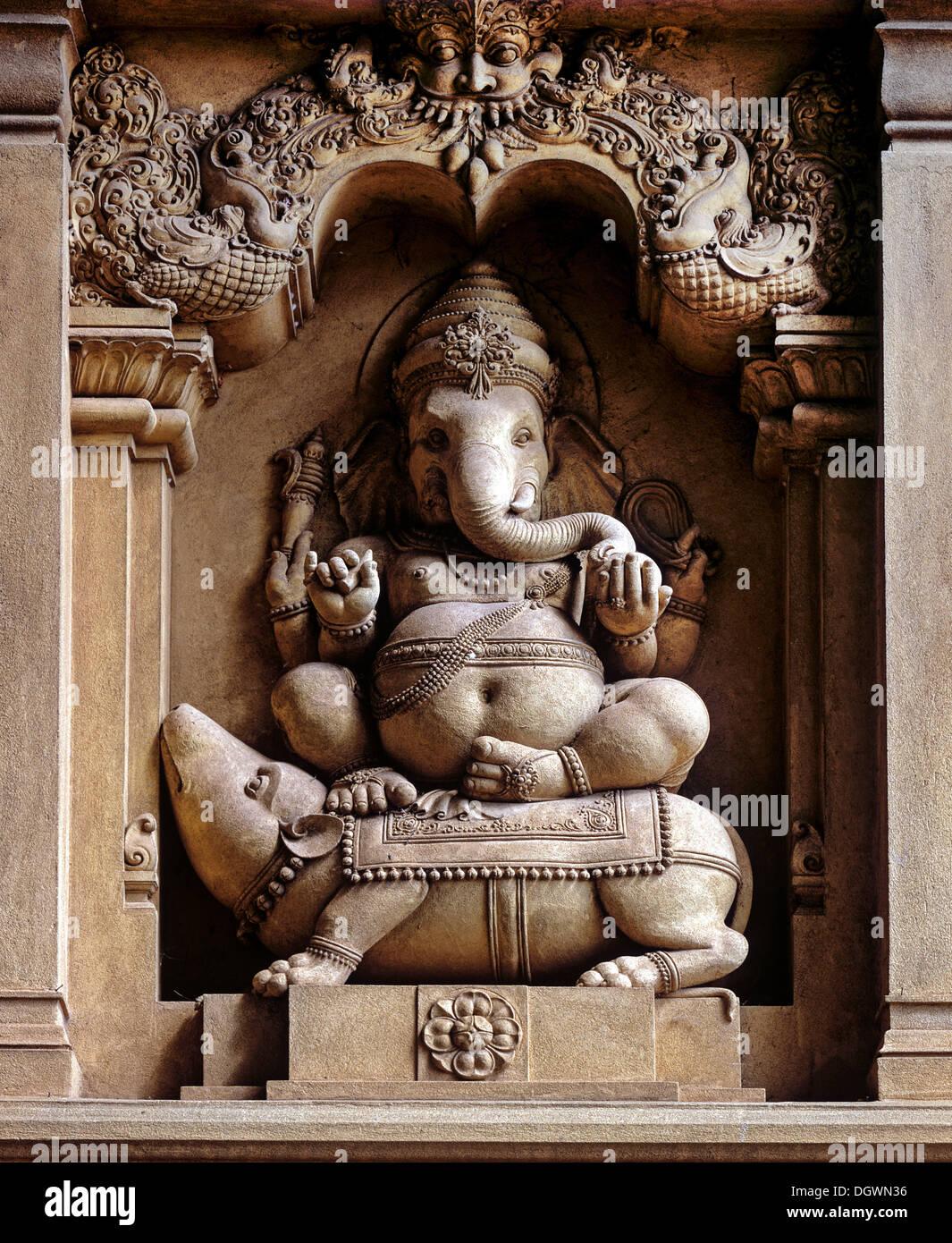 Stone ganesha stock photos & stone ganesha stock images alamy
