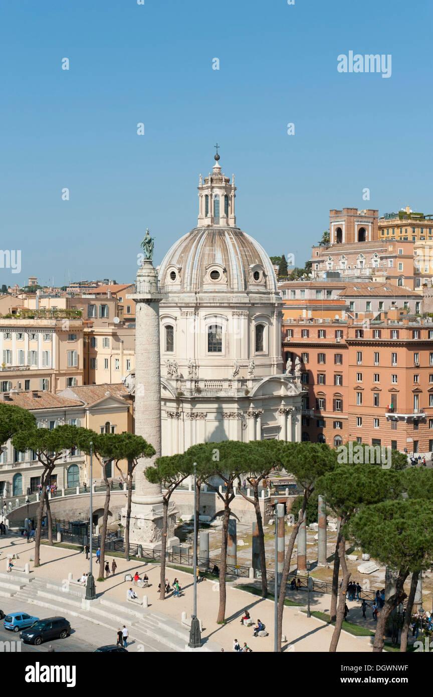 Renaissance era, Church of Santa Maria di Loreto with the Trajan's Column, Piazza Venezia, ancient Rome, Lazio, Italy - Stock Image