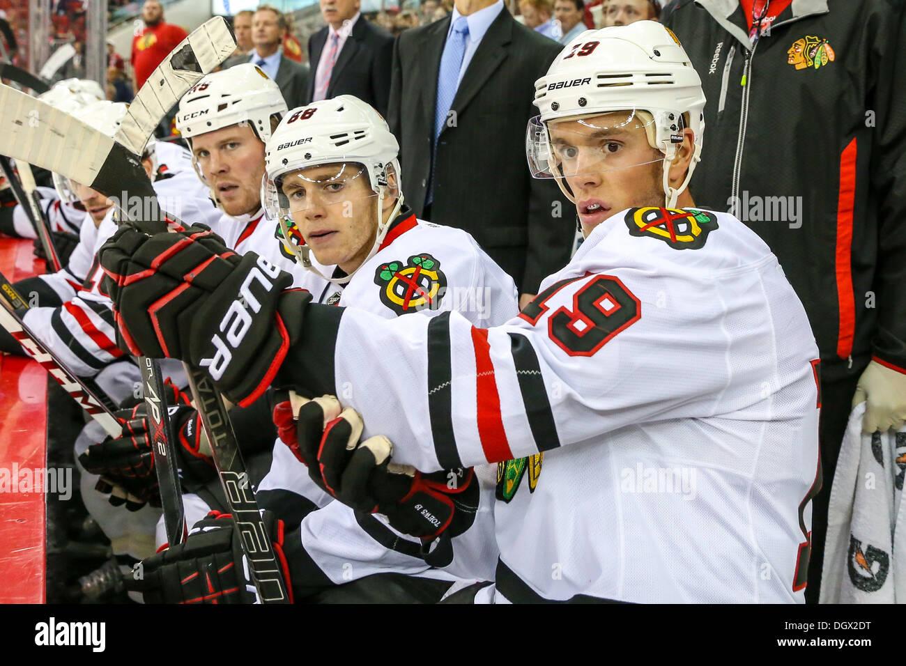 Chicago Blackhawk Jonathan Toews, Patrick Kane, Bryan Bickell during an NHL hockey game during the 2013-2014 season - Stock Image