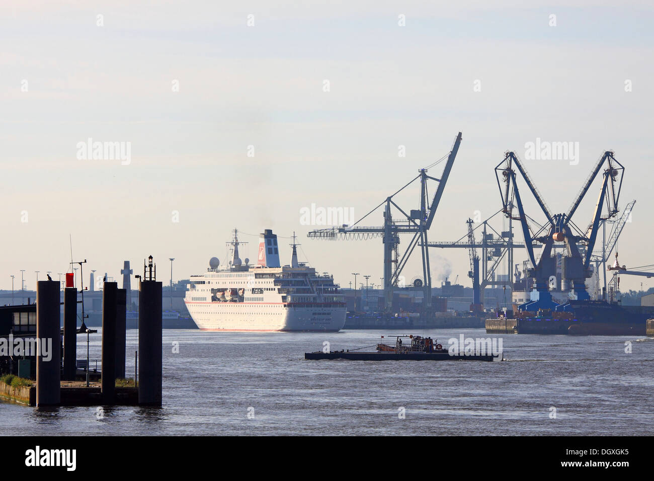 Cruise ship entering the Port of Hamburg, Cruise Days, 17.08.-19.08.2012, cranes in the harbor, Hanseatic City of Stock Photo