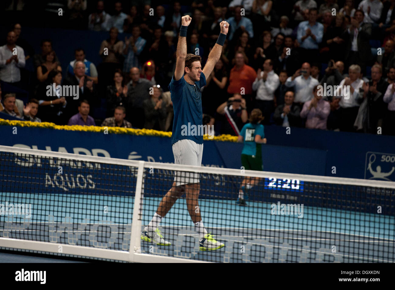 Basel, Switzerland. 27th Oct, 2013. J.M. Del Potro (ARG) raises his hands after winning the final of the Swiss Indoors at St. Jakobshalle on Sunday. Photo: Miroslav Dakov/ Alamy Live News - Stock Image