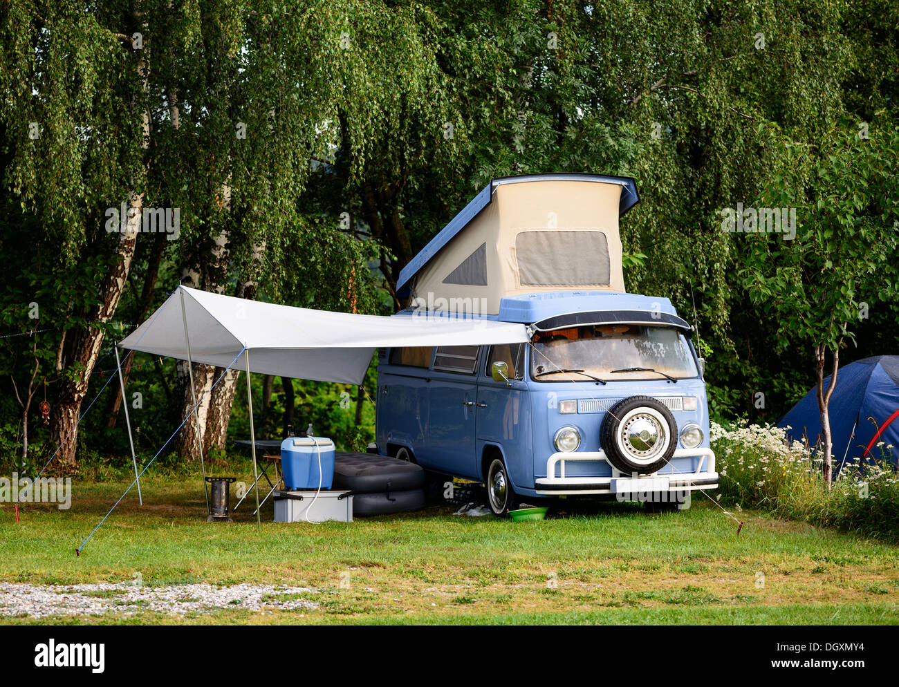 mobile home camping vehicle trailer car tent summer holiday stock photo 62052792 alamy. Black Bedroom Furniture Sets. Home Design Ideas
