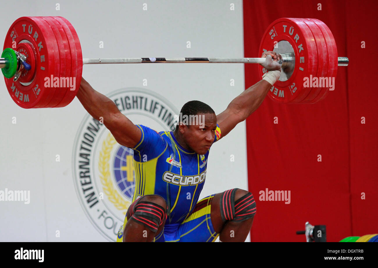 Wroclaw, Poland. 27th Oct, 2013. Jorge David Arroyo Valdez (ECU) during Men's 105 KG Group A Final at 2013 IWF World Weightlifting Championships in Wroclaw, Poland, on Sunday, October 27, 2013. Credit:  Piotr Zajac/Alamy Live News - Stock Image