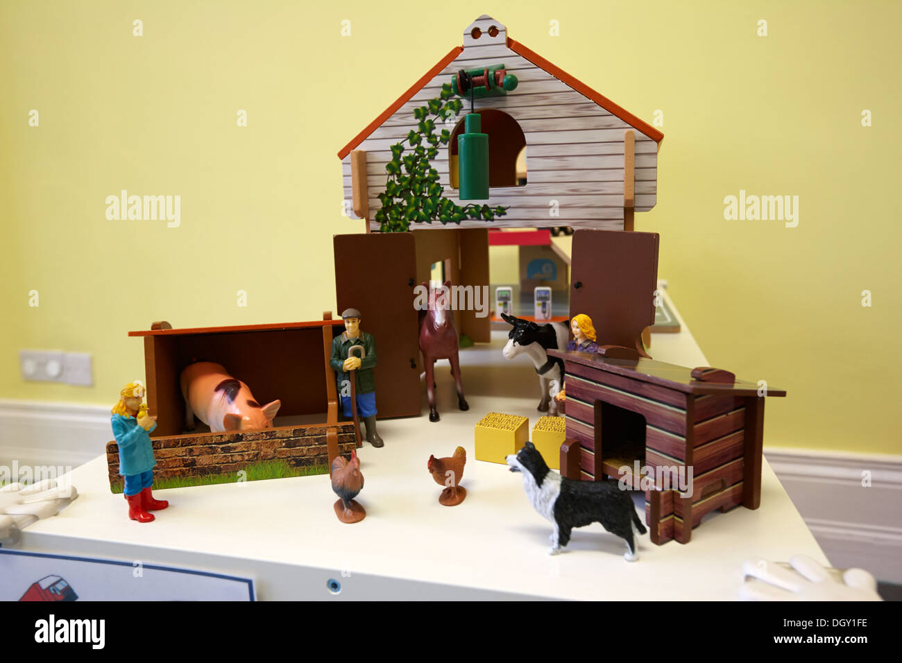 Early Learning Toy Stock Photos & Early Learning Toy Stock Images ...