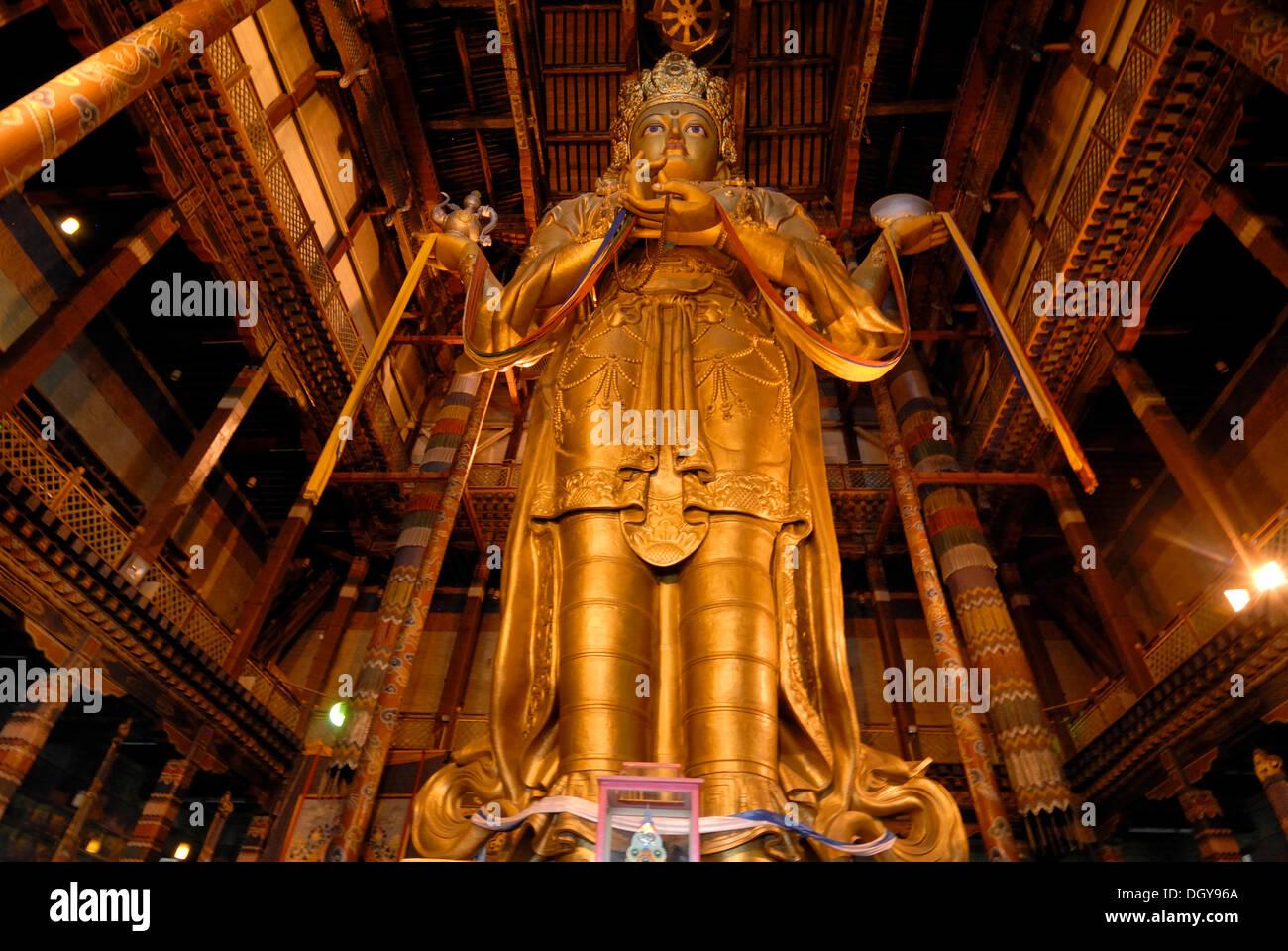 26 meter high statue of the goddess Janraisig or Avalokiteshvara, Gandan Monastery, Migjid Janraisig Sueme, Gandan Khiid - Stock Image