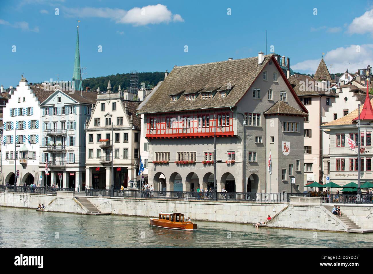 Limmat river, Limmatquai with guild house 'Zum Rueden', left, old town of Zurich, Canton of Zurich, Switzerland, - Stock Image