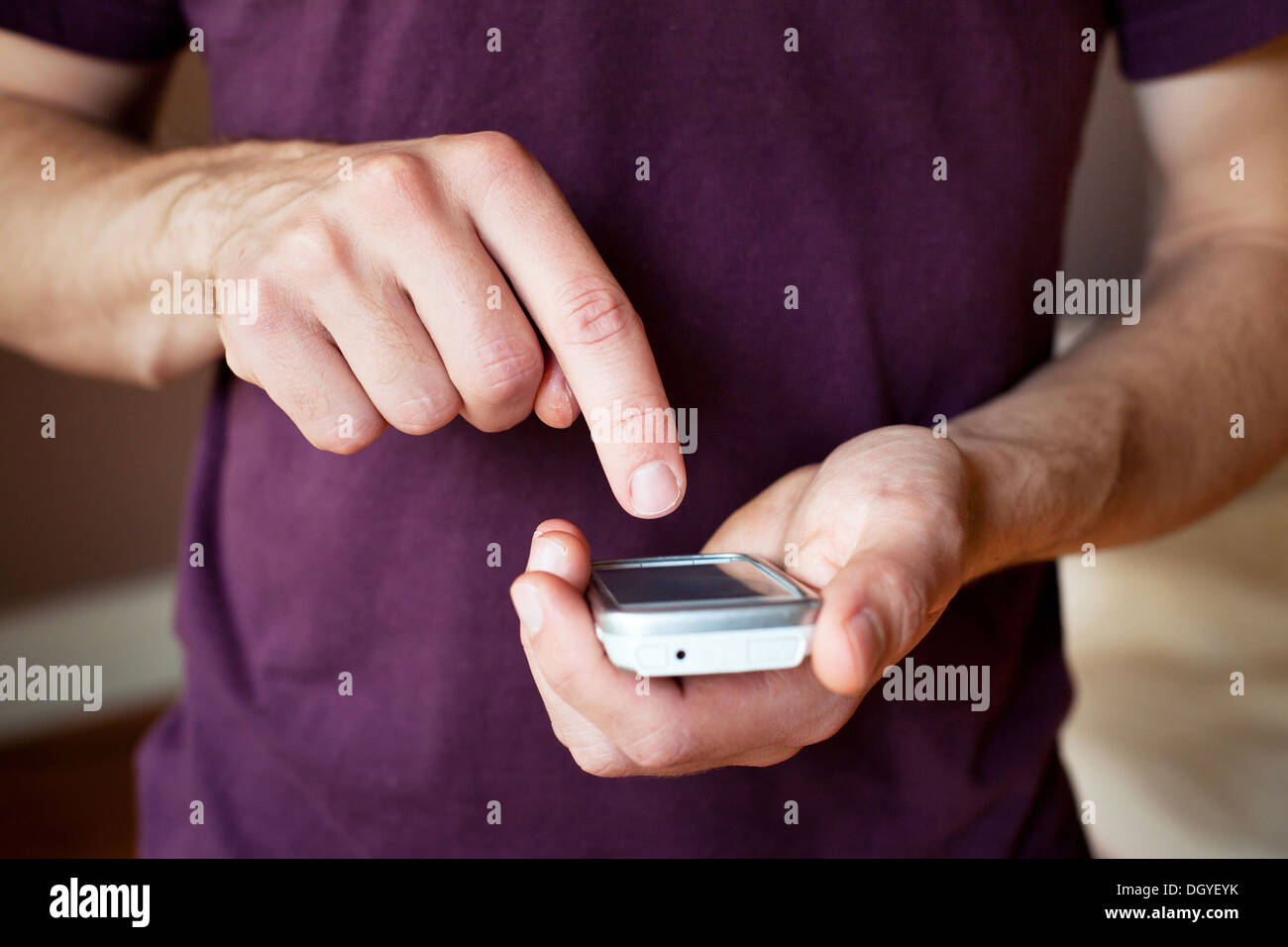 Man with smartphone - Stock Image