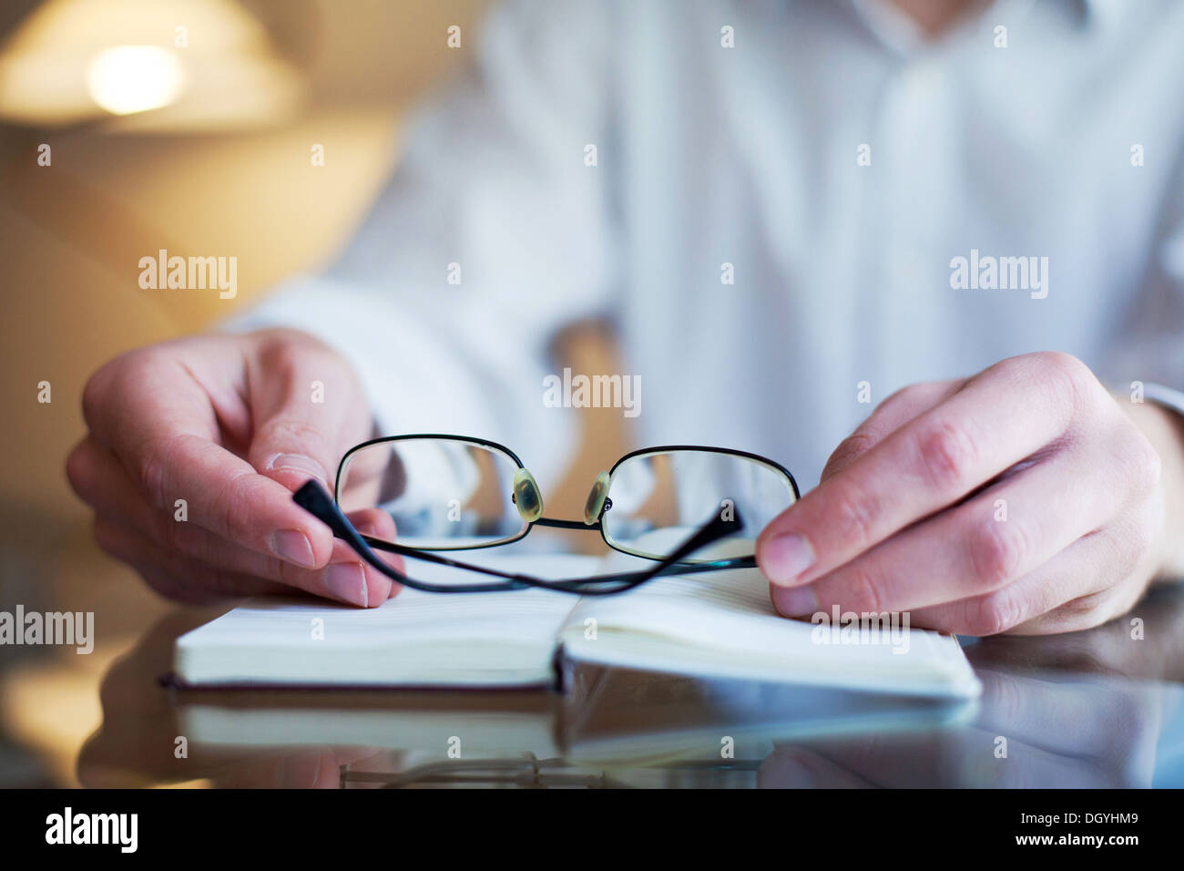 reading at home - Stock Image