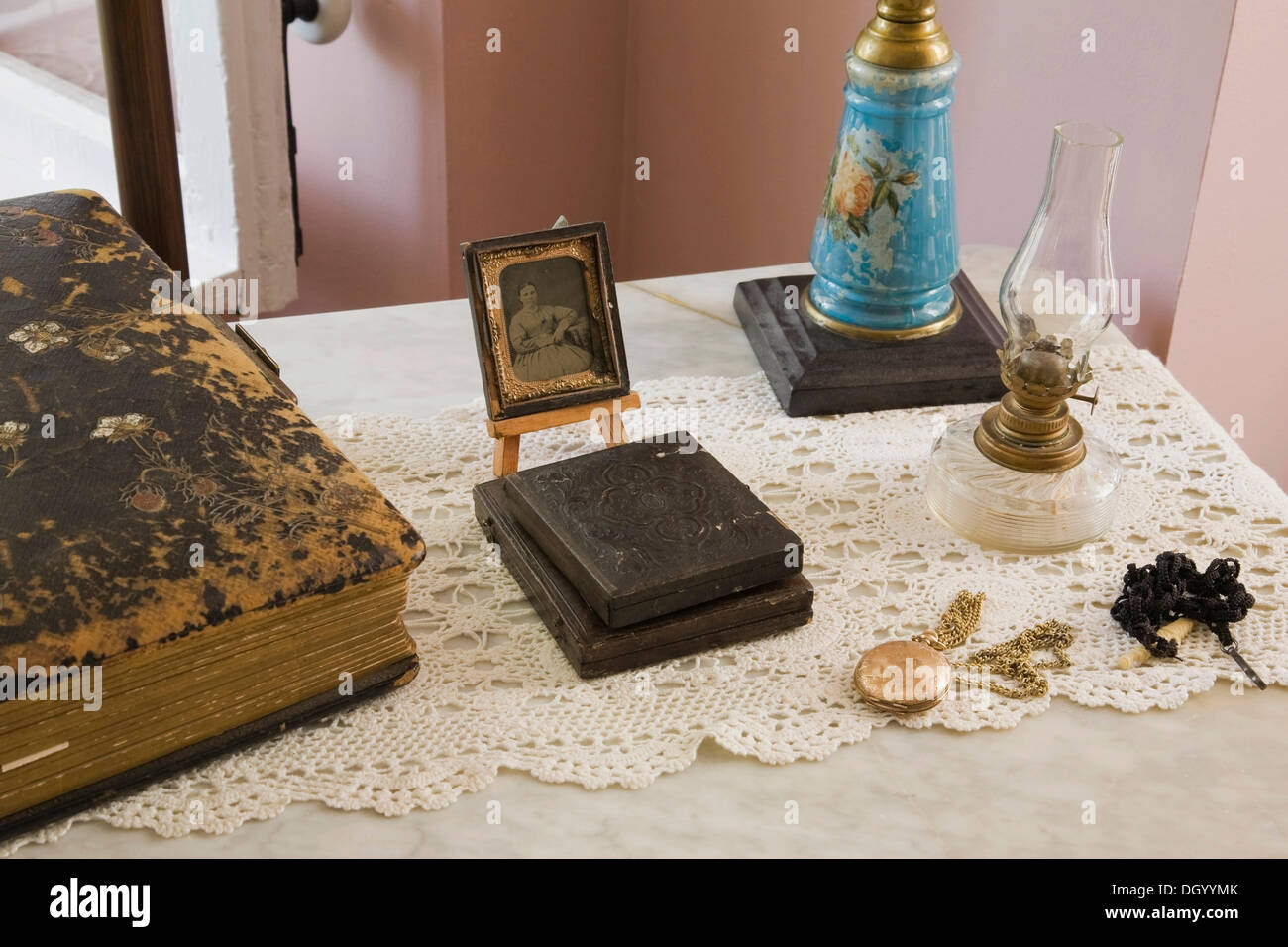 Antique collectibles, Quebec, Canada - This image is property released for book, calendar, magazine, newspaper and editorial use - Stock Image