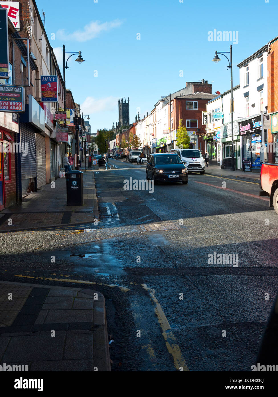 Looking up Yorkshire street towards Oldham Town Centre, Oldham, Greater Manchester, UK. - Stock Image