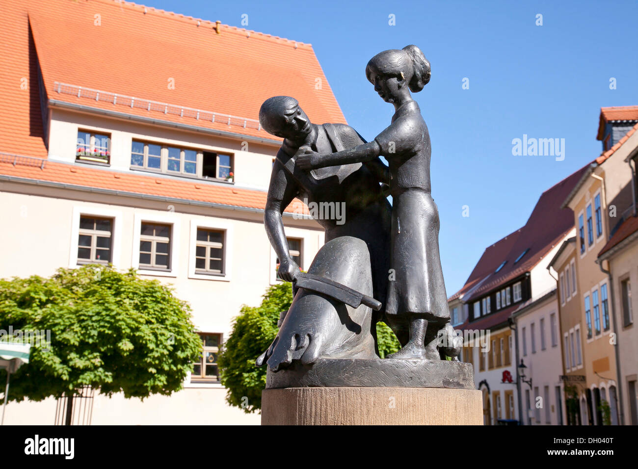 Tanner's Fountain in Untermarkt square, Freiberg, Erzgebirge, Ore Mountains, Saxony - Stock Image