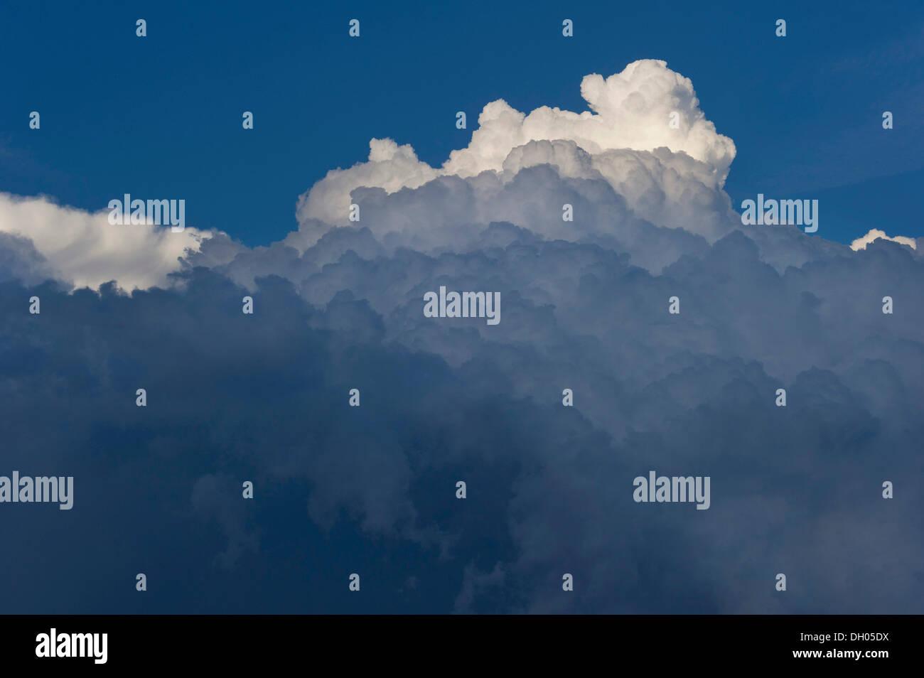 Cumulonimbus cloud, thundercloud, Marzling, Upper Bavaria, Bavaria, Germany - Stock Image