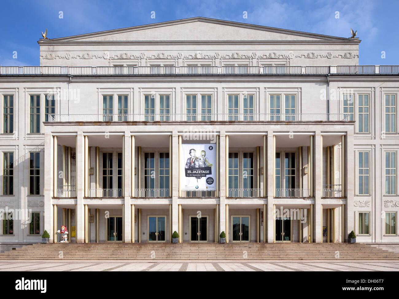 Opera house, Leipzig, Saxony, PublicGround - Stock Image