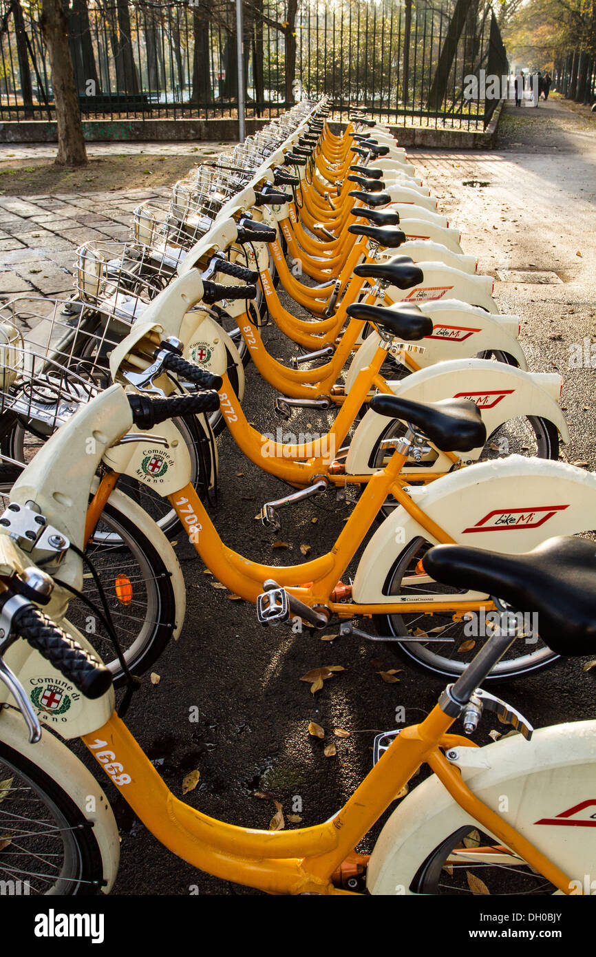 Bicycles for rent in the district of Porta Sempione. Milan, Province of Milan, Italy. - Stock Image