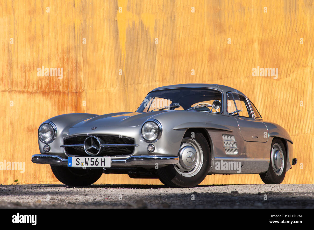 Silver Mercedes 300 SL Coupe W 198 Gullwing 1961 Rare Vintage Sports Car