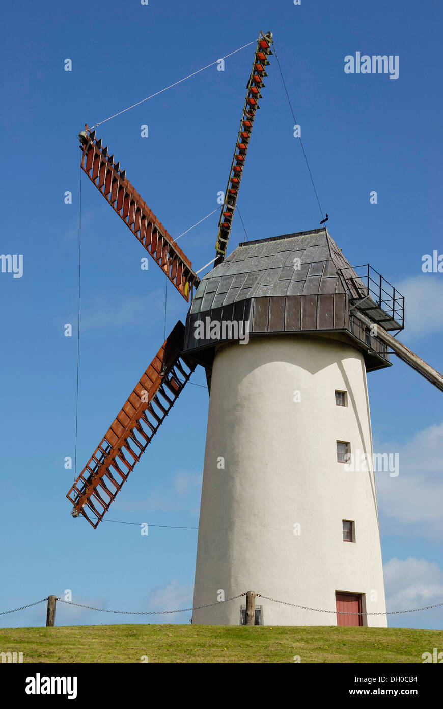 5-wing windmill with moving rotor tower at Skerries, County Dublin, Republik of Ireland, Europe - Stock Image