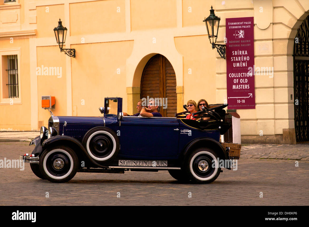 Vintage Car Tour Guide Stock Photos Vintage Car Tour Guide Stock - Classic car guide