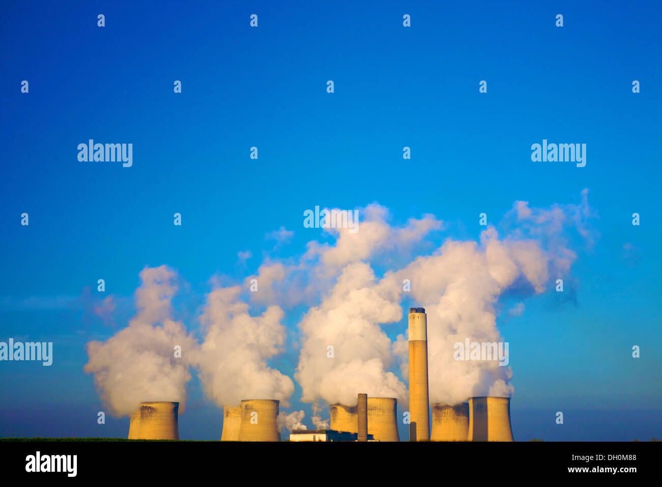 Ratcliffe On Soar Power Station, Nottinghamshire, England - Stock Image