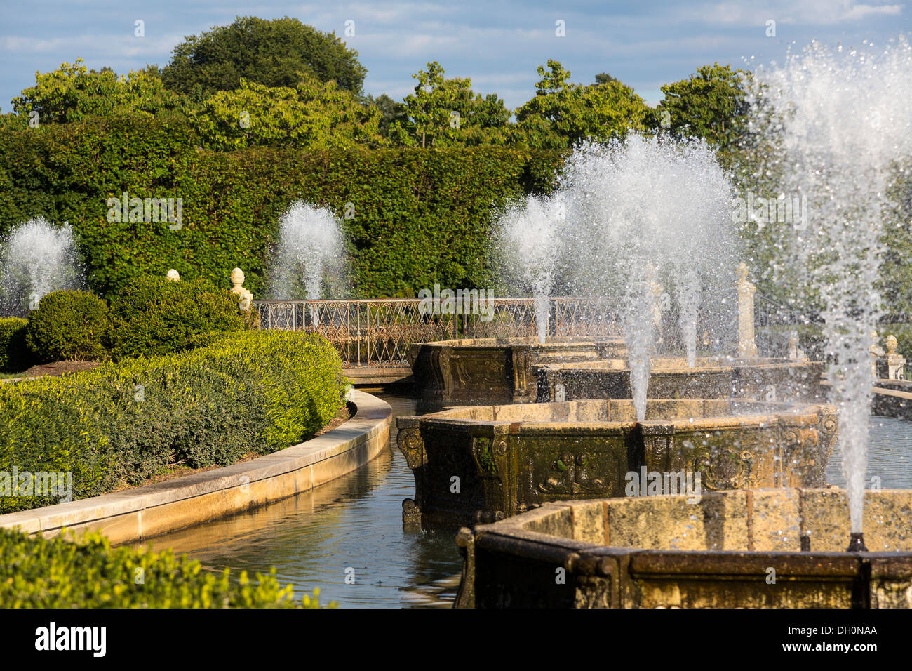 Detail Of The Main Fountain Garden, Longwood Gardens, Kennett Square,  Pennsylvania, USA
