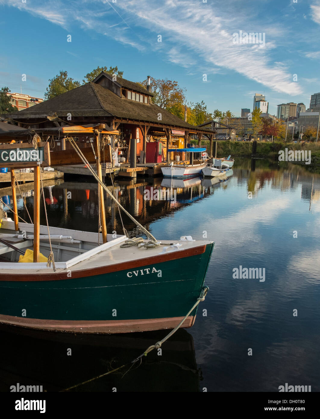 Seattle, Washington Center for Wooden Boats on Lake Union - Stock Image