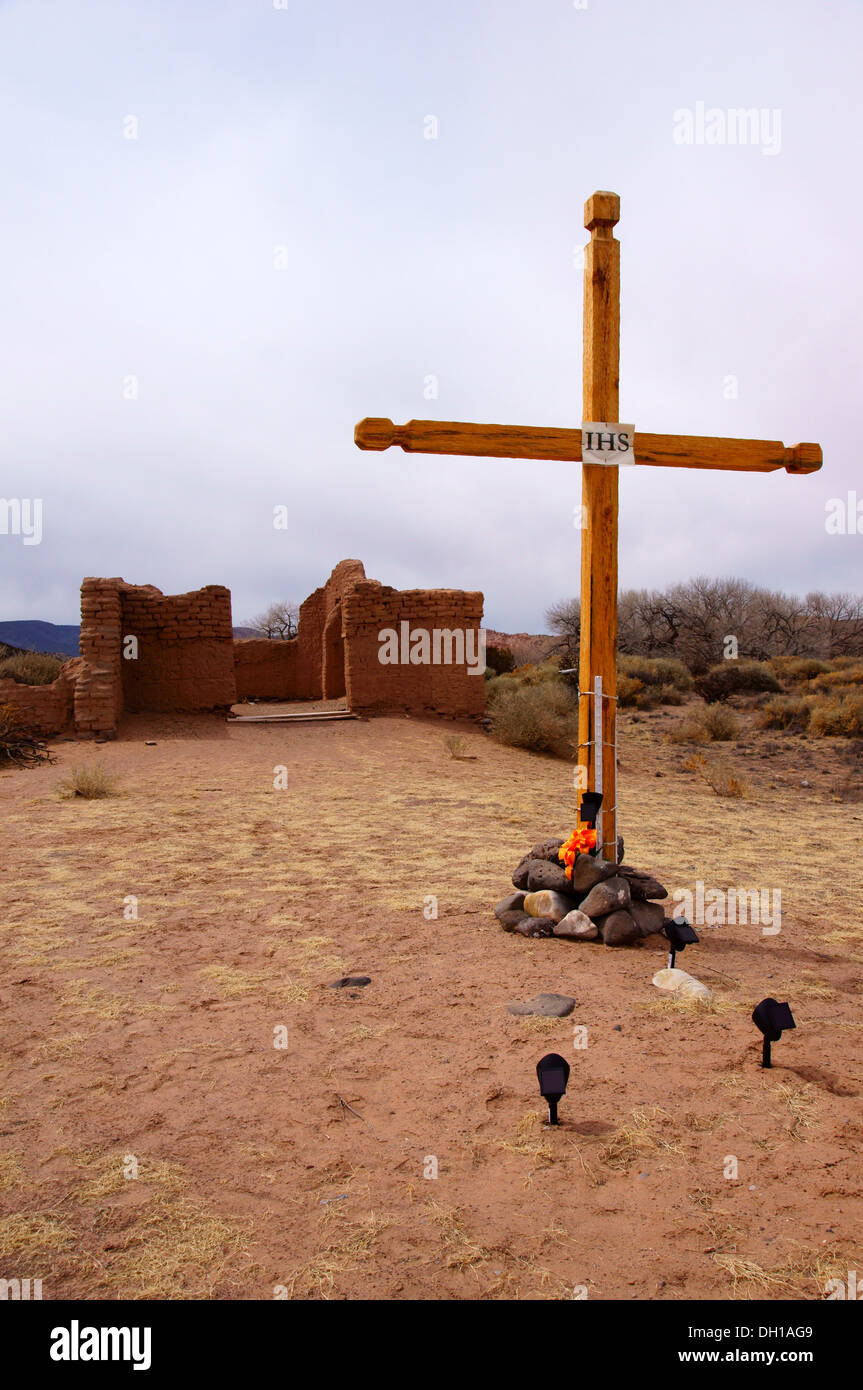 wooden cross ruins shrine abiquiu new mexico nm abiqui religion religious belief divinity canonical churchly - Stock Image