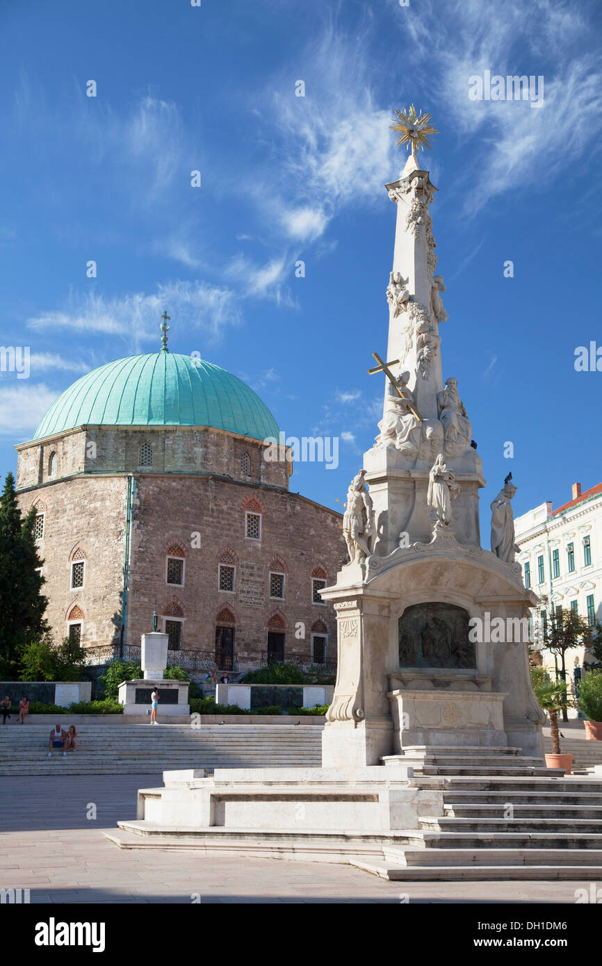 Mosque Church and Trinity Column in Szechenyi Square, Pecs, Southern Transdanubia, Hungary - Stock Image