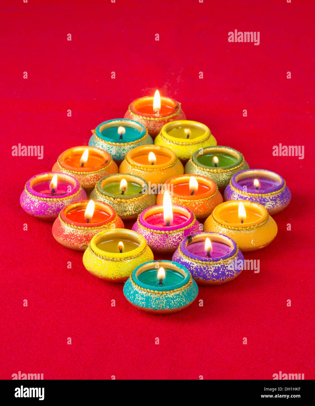 Beautifully Lit Lamps for the Hindu Diwali Festival - Stock Image