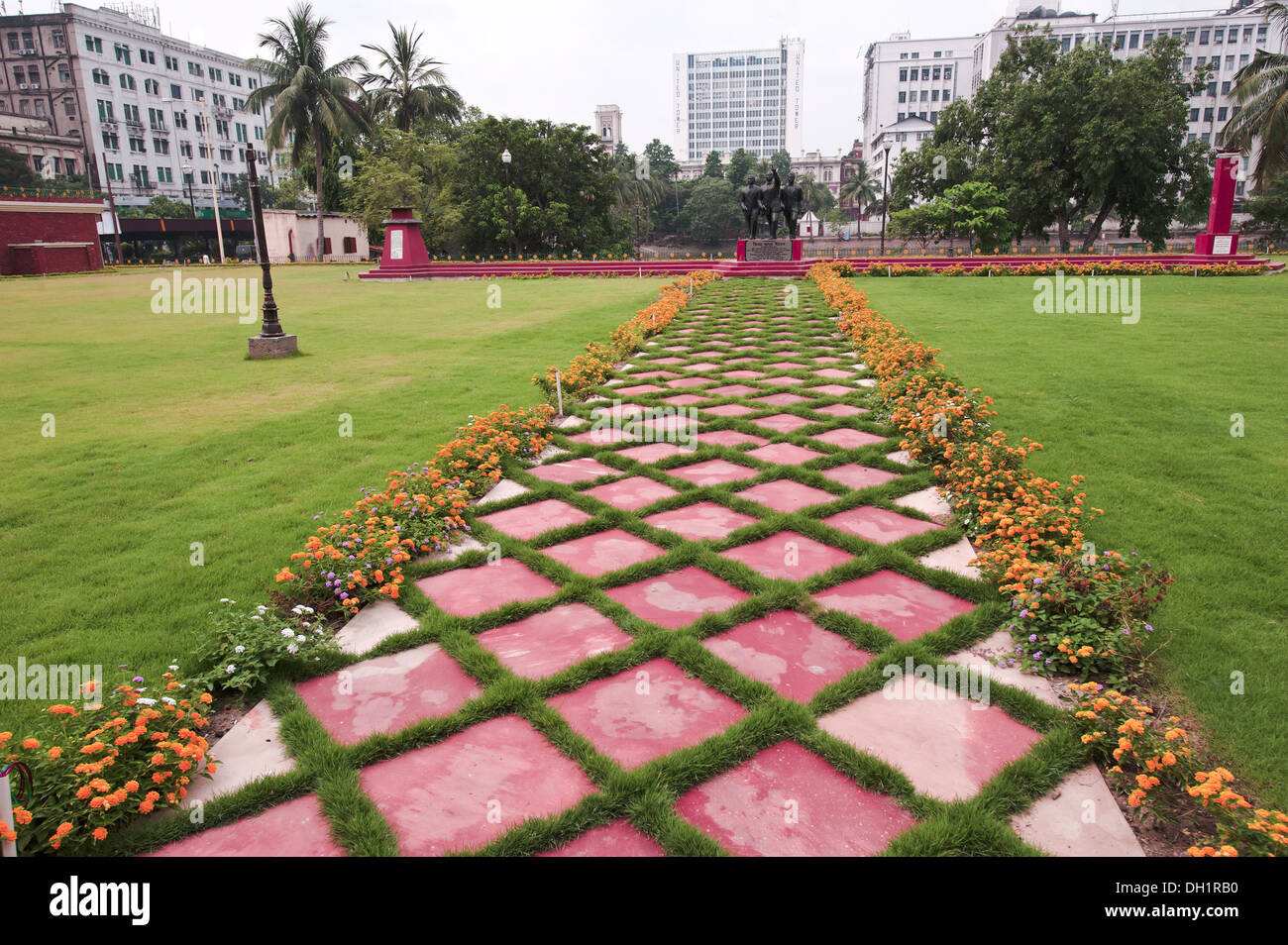 Diamond Shape Stock Photos & Diamond Shape Stock Images - Alamy on diamond interior design, diamond landscape quilt, diamond art design, diamond flower design,