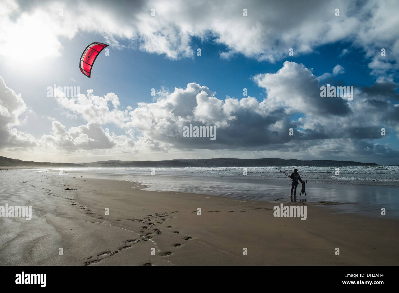 29/10/2013 A land boarder waits at Gwithian Beach, Hayle. Picture by Julie Edwards - Stock Image