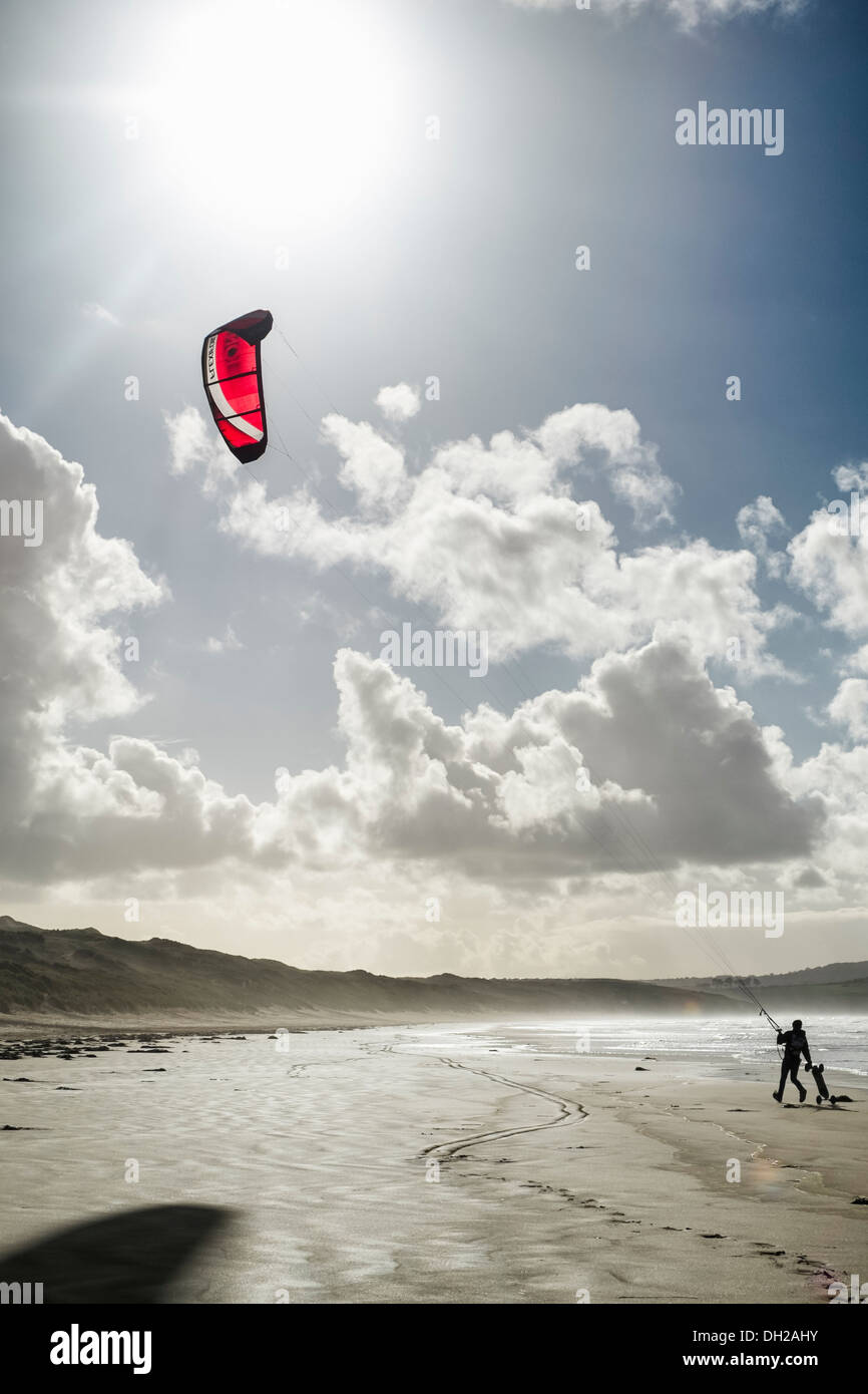 29/10/2013 A land boarder prepares at Gwithian Beach, Hayle. Picture by Julie Edwards - Stock Image