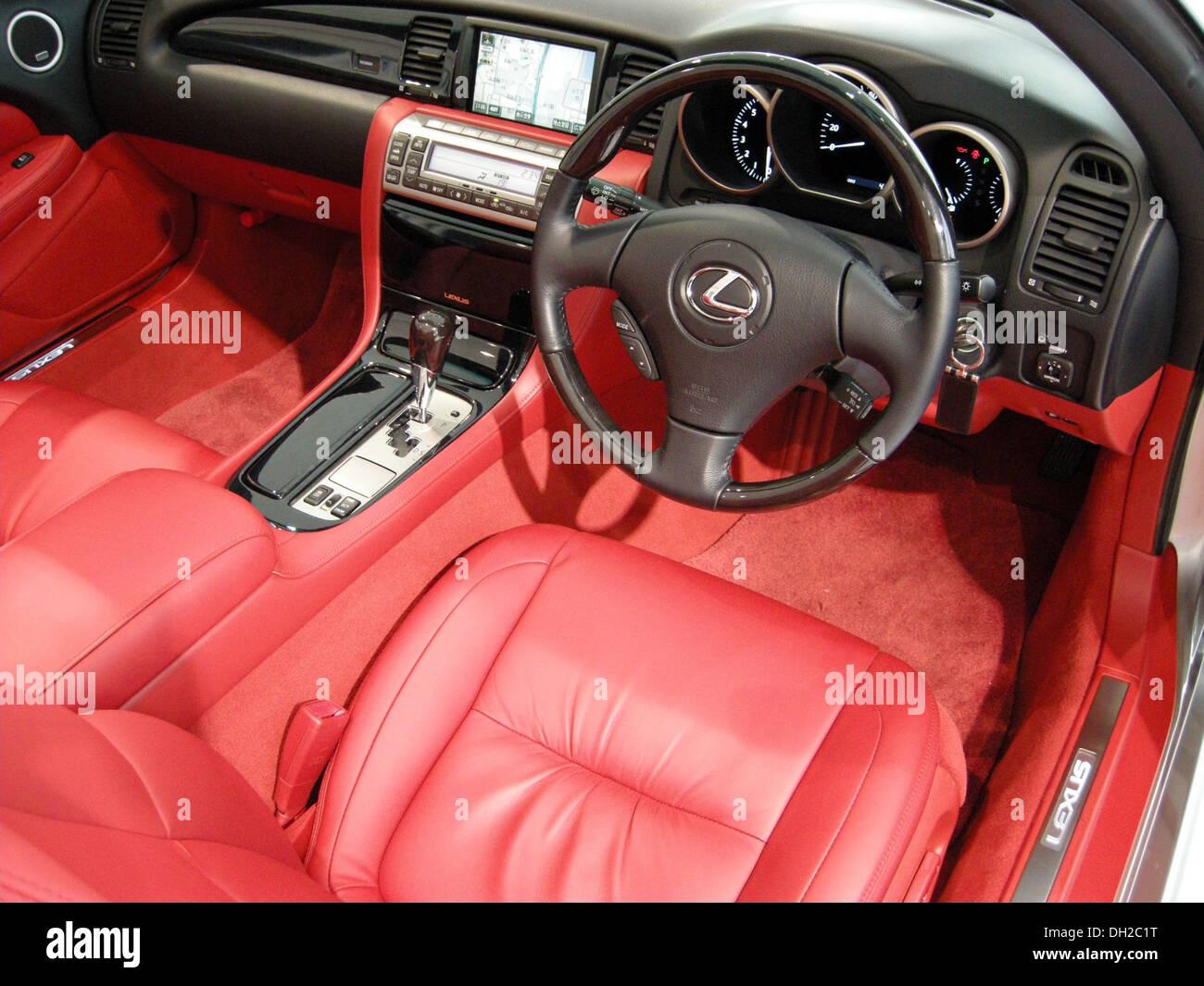 Lexus Sc430 Stock Photos & Lexus Sc430 Stock Images - Alamy