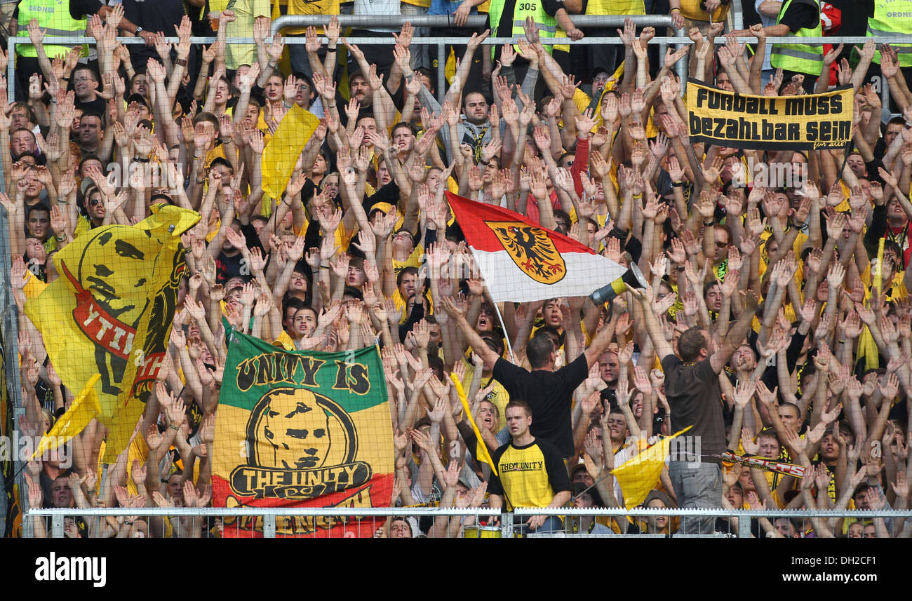 Fans of Borussia Dortmund, football Bundesliga, match between FSV Mainz 05 and Borussia Dortmund, Coface-Arena, Mainz - Stock Image