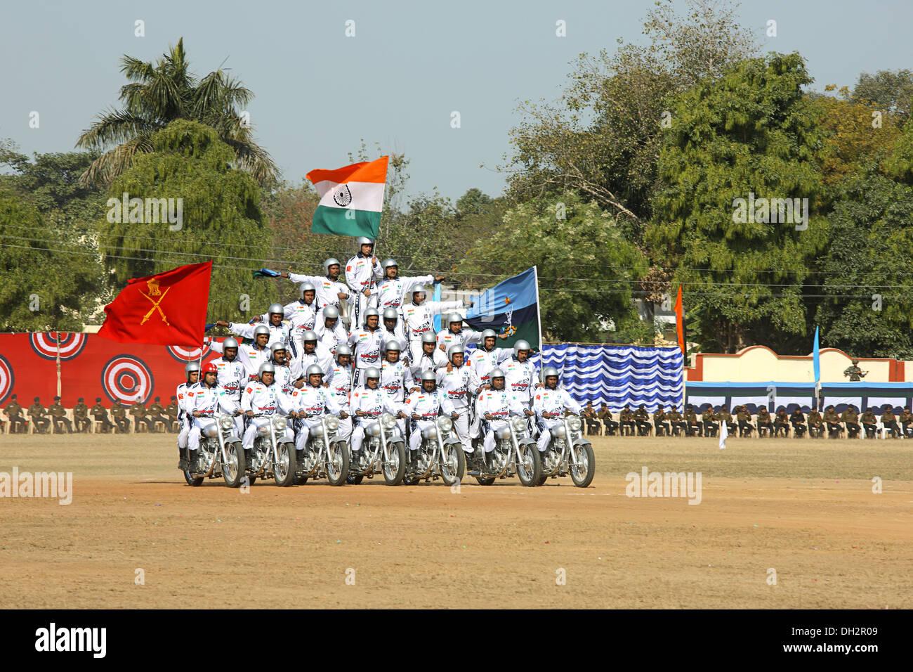 Synchronized balancing act on motor cycles at Jabalpur Madhya Pradesh India Asia - Stock Image