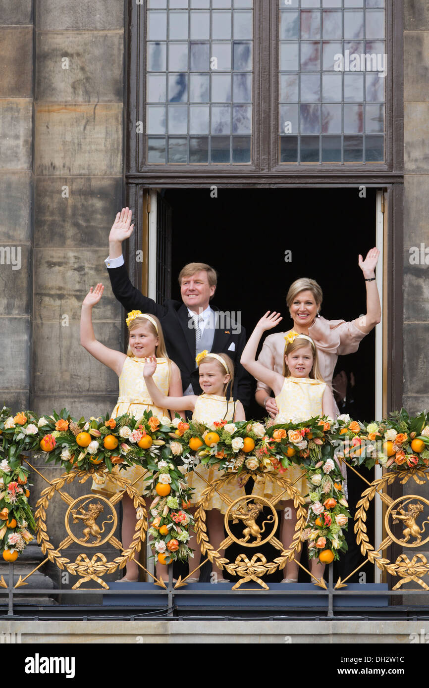 Netherlands, Corronation, succession. King Willem-Alexander, Queen Maxima, princesses on balcony of Royal Palace - Stock Image