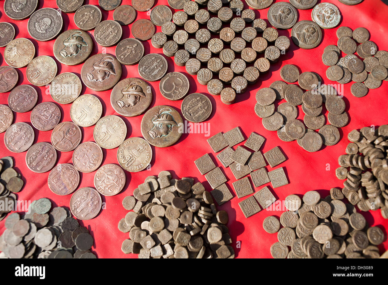 Ancient India Coin Stock Photos & Ancient India Coin Stock ...