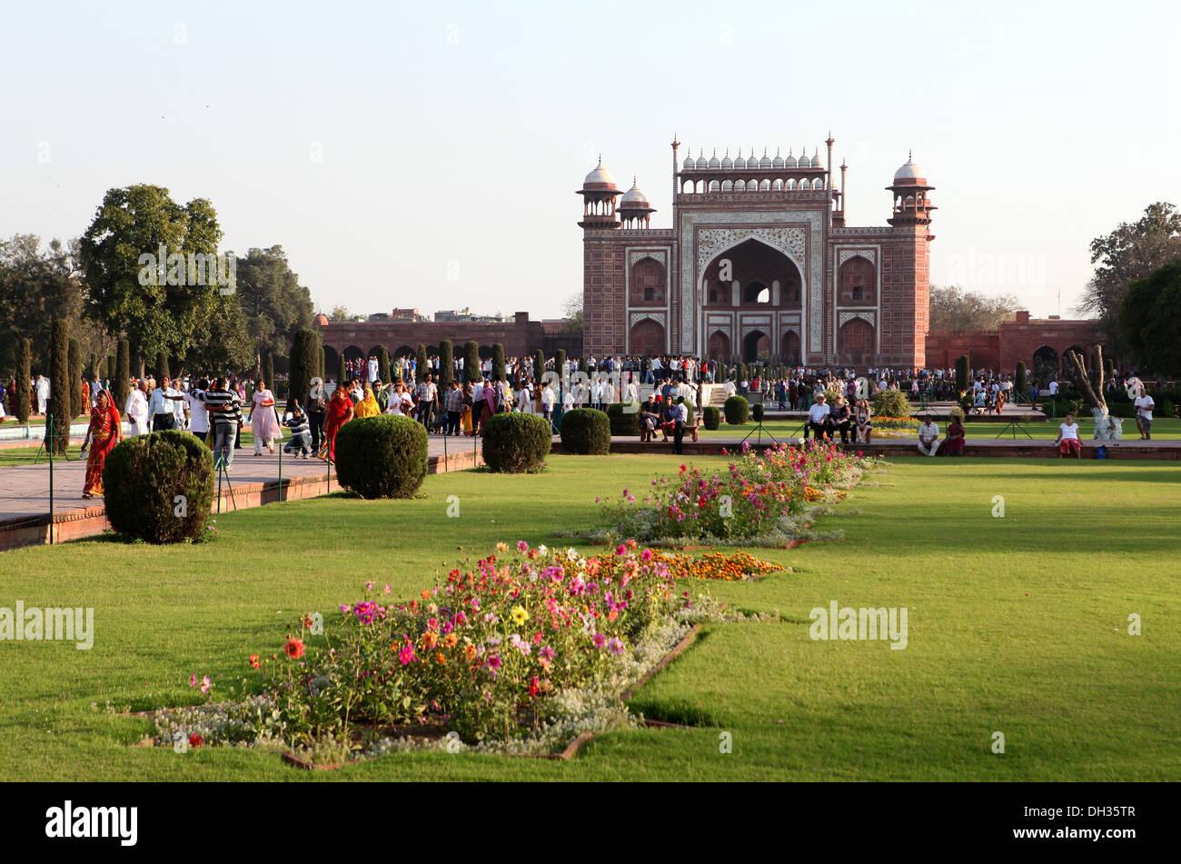 Red entry gate to the Taj Mahal, Agra, Uttar Pradesh, India, Asia - Stock Image