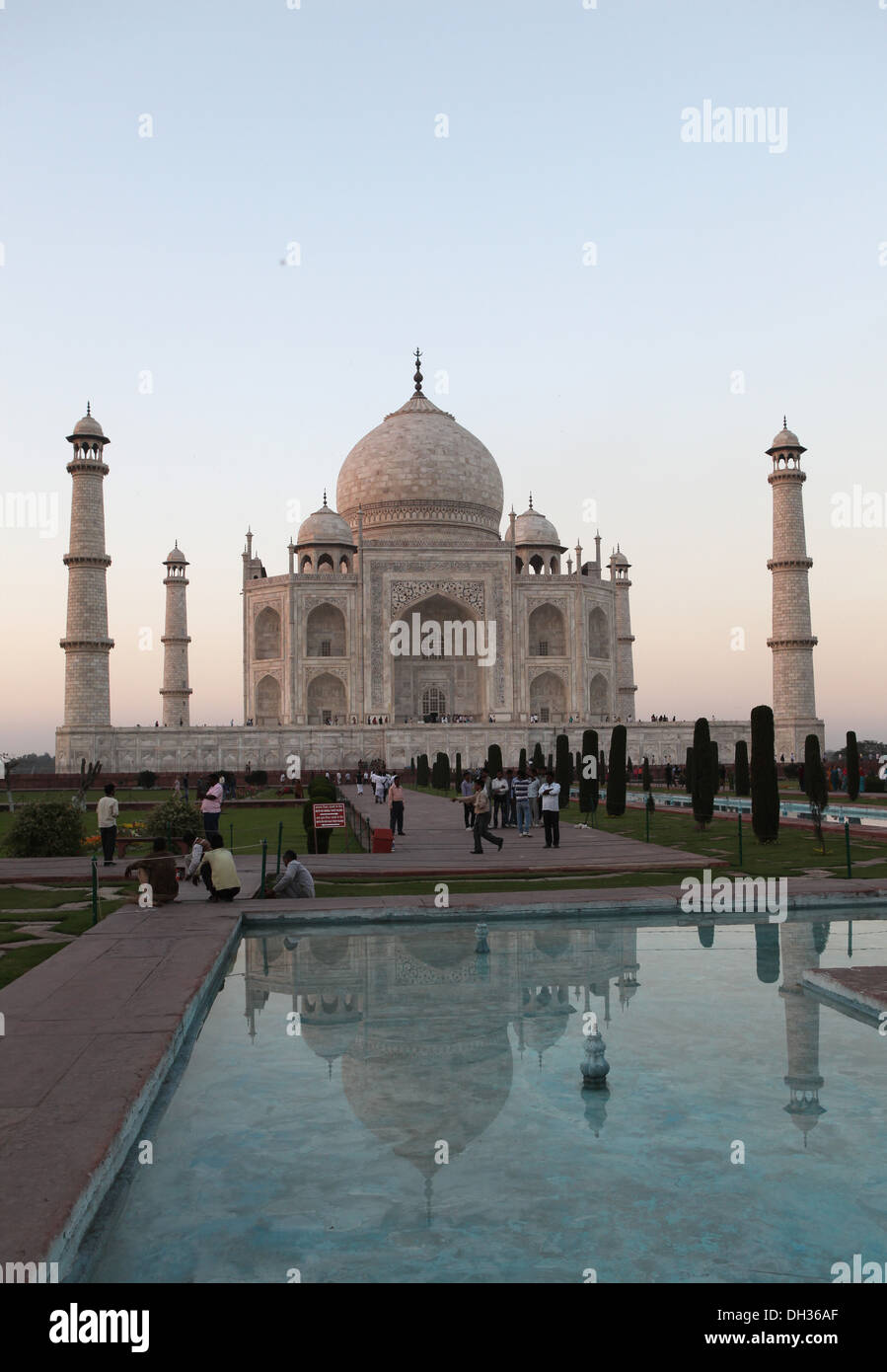 Tourists in front of the Taj Mahal, Agra, Uttar Pradesh, India, Asia Stock Photo