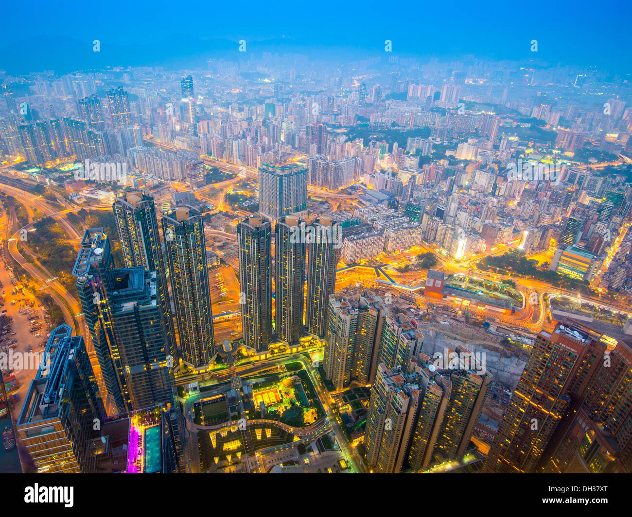 Hong Kong cityscape with hazy skies in the Kowloon district. - Stock Image