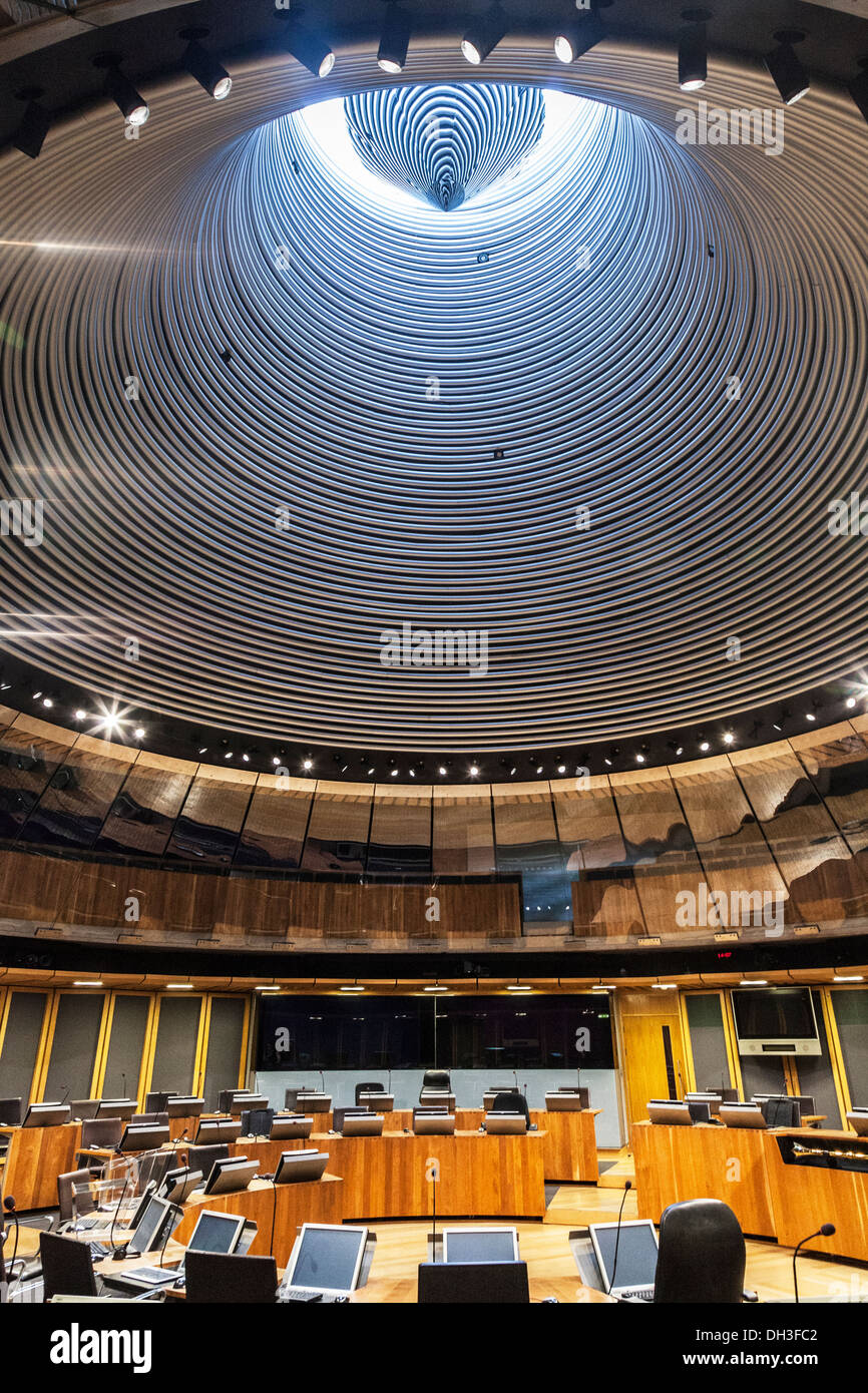 View up to the funnel roof of the Siambr or debating chamber in the Senedd or National Assembly for Wales in Cardiff Bay. - Stock Image