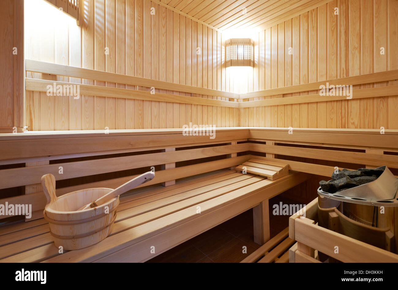 New Finland-style classic wooden sauna - Stock Image