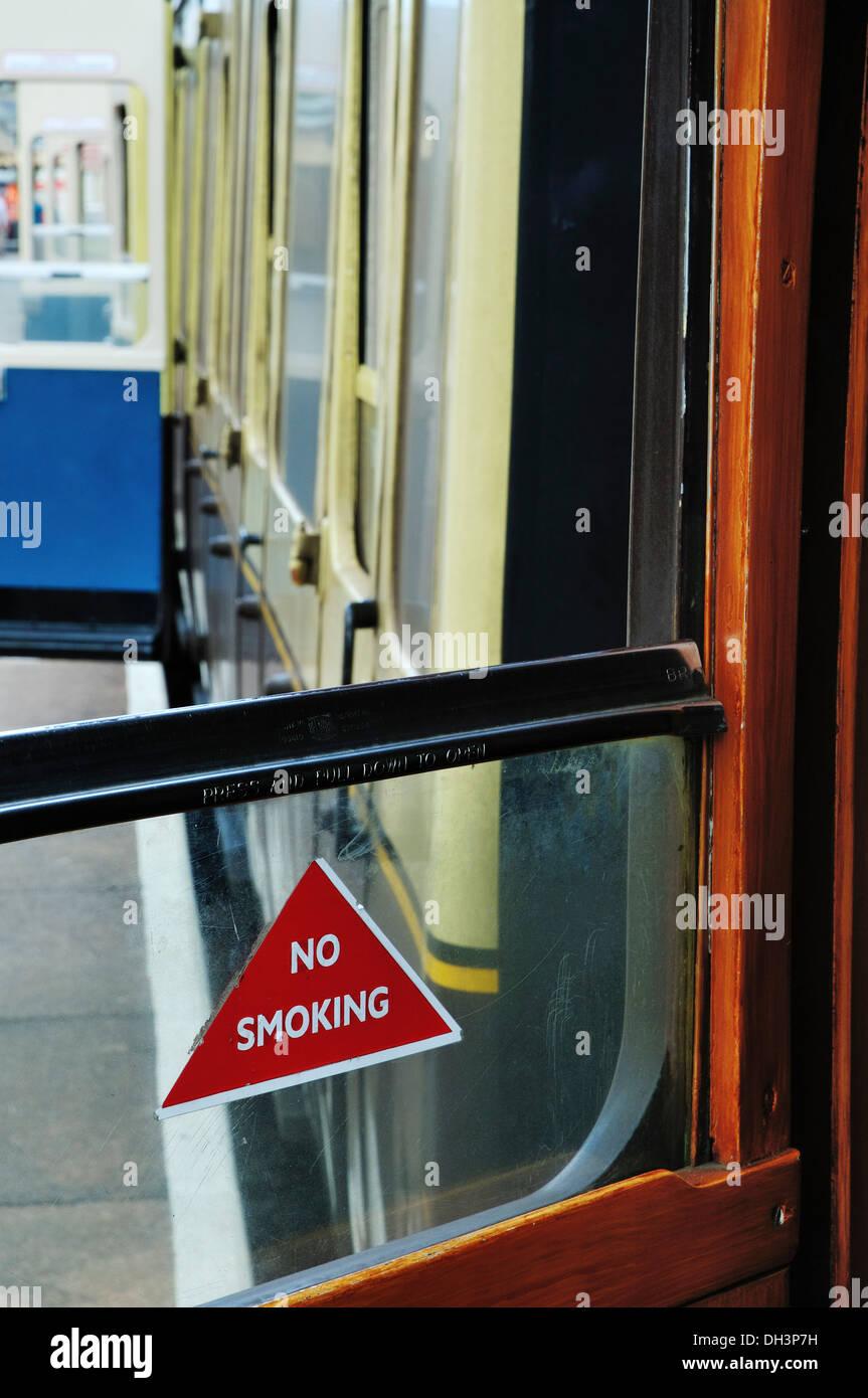 Looking along a railway platform through an open window at open doors on old slam door & Slam Door Train Stock Photos \u0026 Slam Door Train Stock Images - Alamy