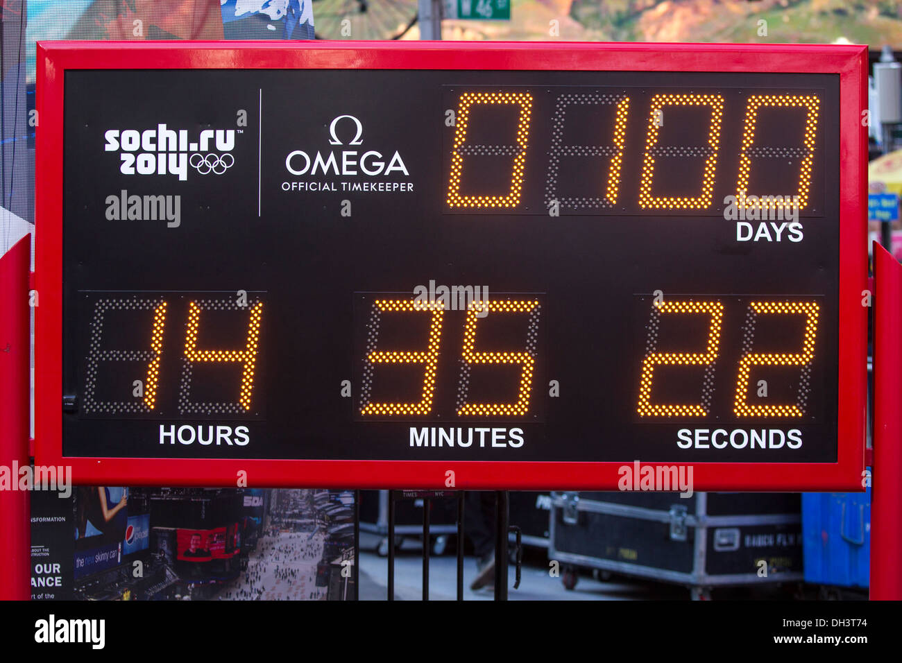 USOC 100 Day Countdown to the Sochi 2014 Olympic Winter Games - Stock Image