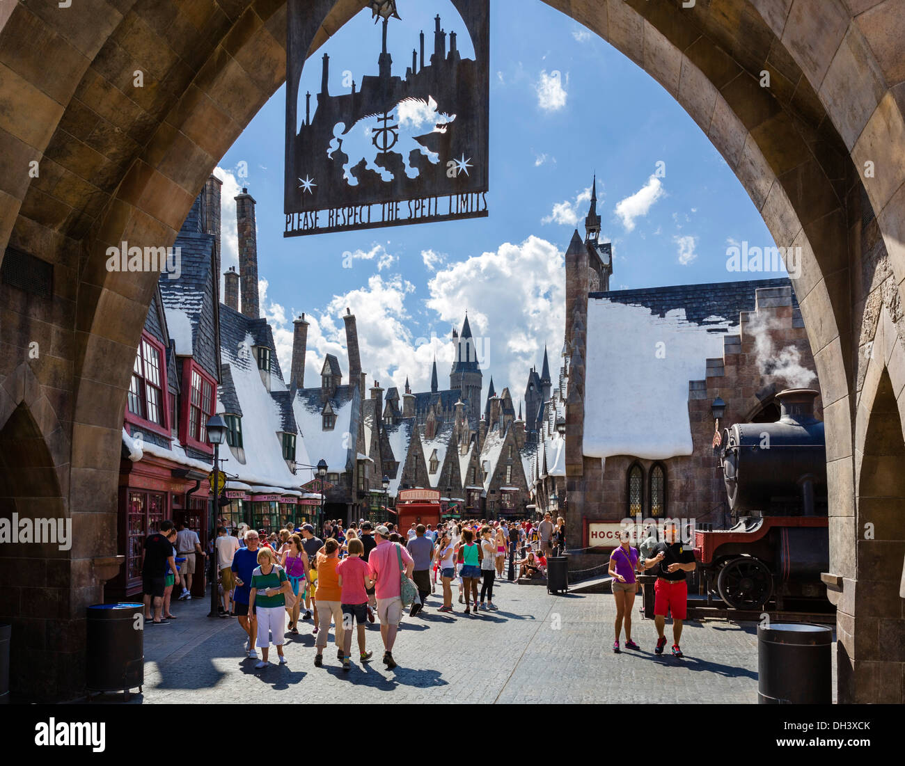 Entrance to the Wizarding World of Harry Potter, Islands of Adventure, Universal Orlando Resort, Orlando, Central - Stock Image