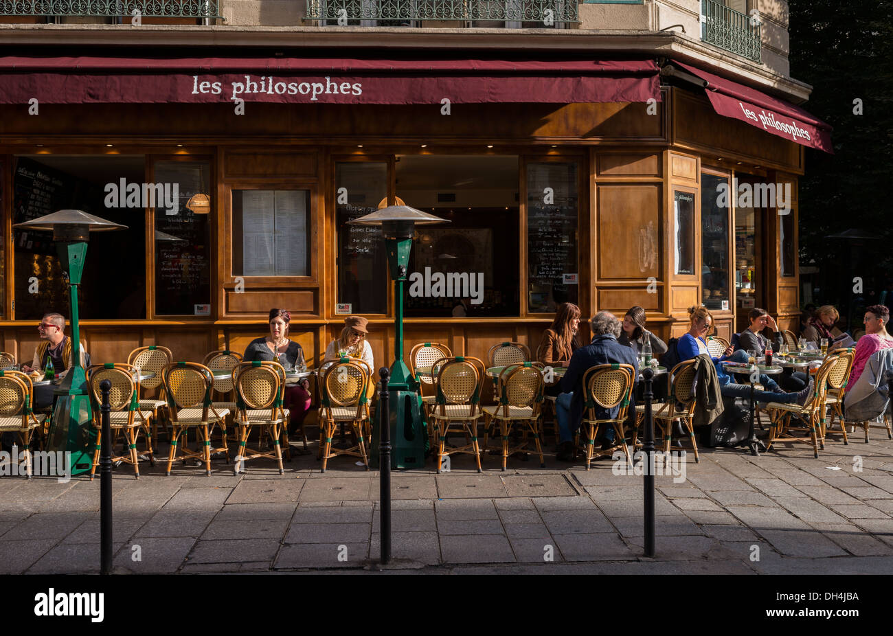 Caf Ef Bf Bd Live Paris
