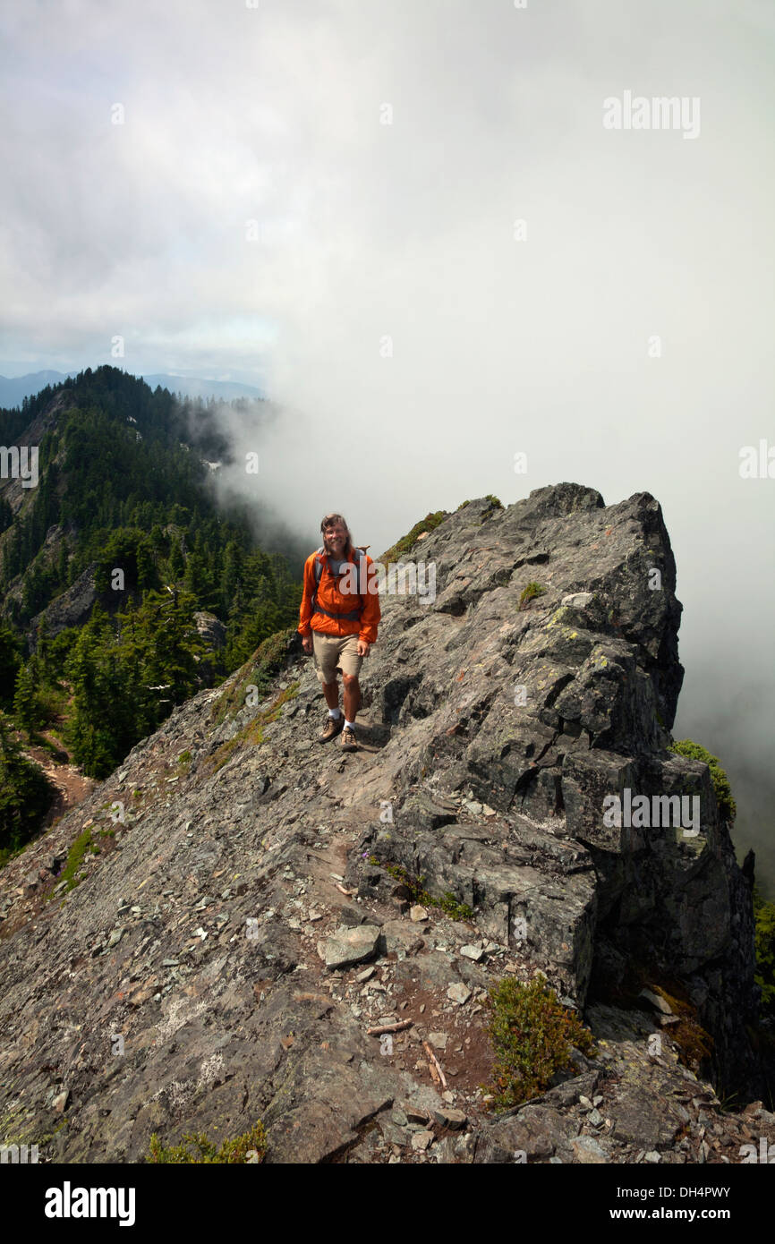 WASHINGTON - Hiker approaching the summit of McClellan Butte in the I-90 Corridor. - Stock Image