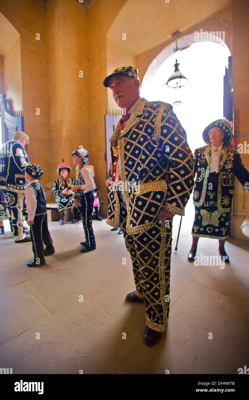 Pearly King and Queens Harvest Festival, London, England - Stock Image