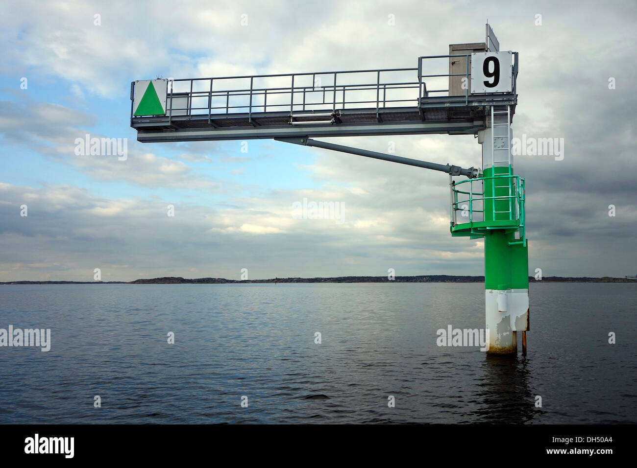 Lateral green starboard marker - Stock Image
